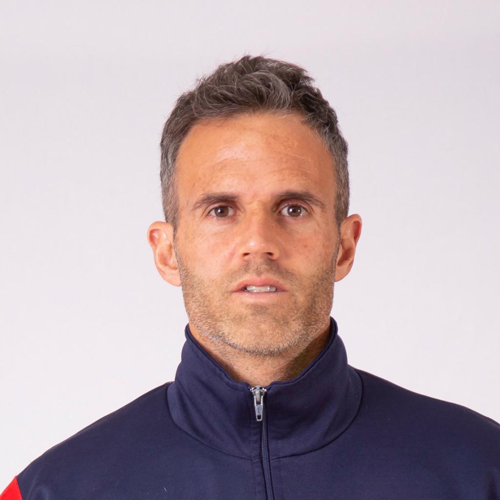 https://elfronton.club/wp-content/uploads/2019/08/Juan_Pablo_Vitetta_Ayudate_De_Campo_2-2.jpg