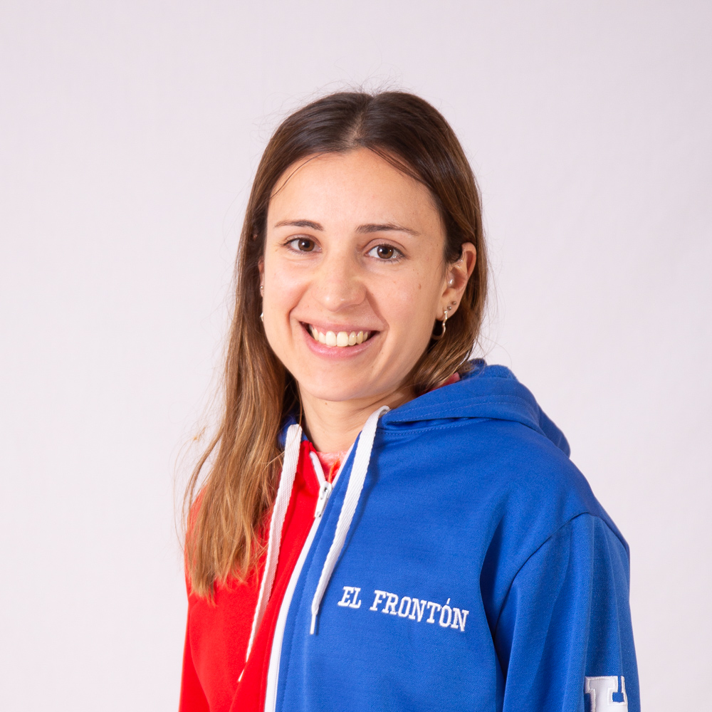 https://elfronton.club/wp-content/uploads/2019/09/Agustina_De_Cruz_Hockey_Directora_Tecnica_Hockey_categoria_9na_10ma-2.jpg