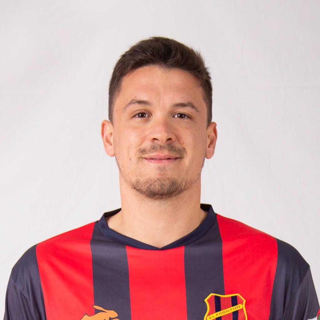 https://elfronton.club/wp-content/uploads/2019/09/Ezequiel_Tamparo06_Defensor_2.jpg