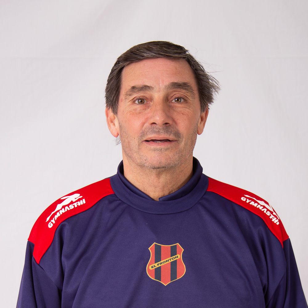 https://elfronton.club/wp-content/uploads/2019/09/Fernando_Valli_Ayudante_de_campo_Caegoria_3ra_2.jpg
