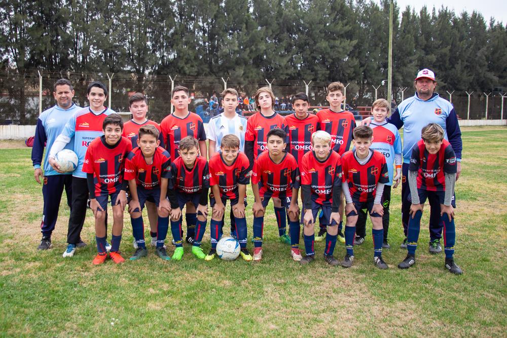 https://elfronton.club/wp-content/uploads/2019/09/Futbol_Categoria_2006_2.jpg